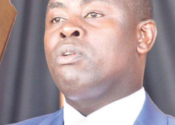 Amyuka Ssentebe wa kakiiko ka COSASE Hon. Ibrahim Kasozi