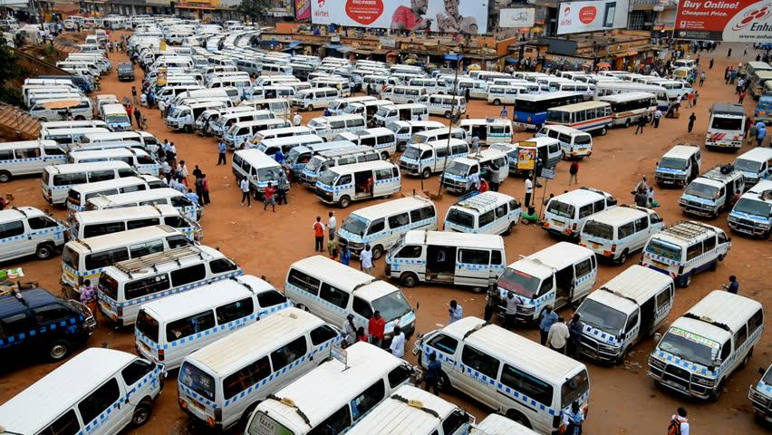 Takisi mu paaka e nkadde Kampala