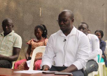 Kyeyune Ivan mu lukuƞƞaana ng'atuusa okwemulugunyakwe eri Electoral Commissiion.