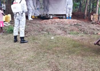 Covid-19 victim being buried