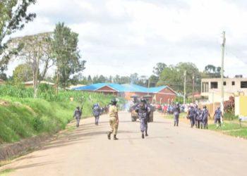 Police dispersing Bobi Wine supporters in Mbarara on Saturday