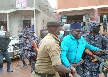 Amuriat being arrested in Mpigi