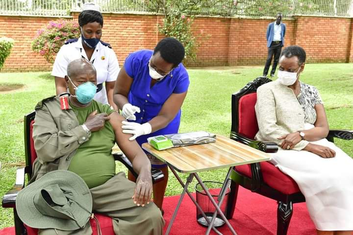 President Museveni and First Lady Janet being given their Covid-19 vaccine jabs