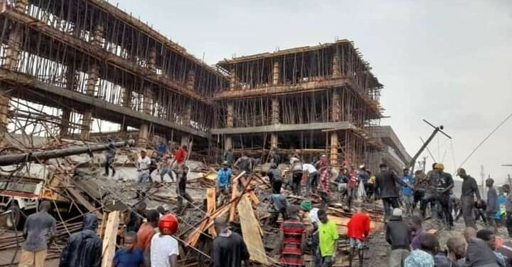 Collapsed building  in Kisenyi