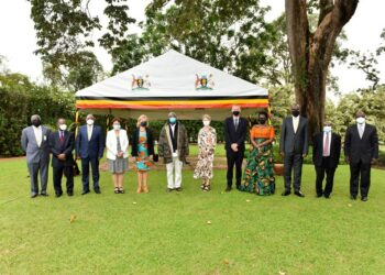 President Yoweri Museveni in a group photo with the Nordic Ambassadors (Sweden, Norway, Denmark, Iceland) and Ugandan officials after a meeting on Economic Development and Co-operation at State House Entebbe on October 21st October 2021. Photo by PPU / Tony Rujuta.